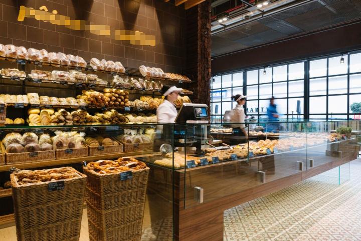 Là chủ tiệm bánh, bạn nhất định phải biết những tuyệt chiêu sử dụng tủ trưng bày bánh sau