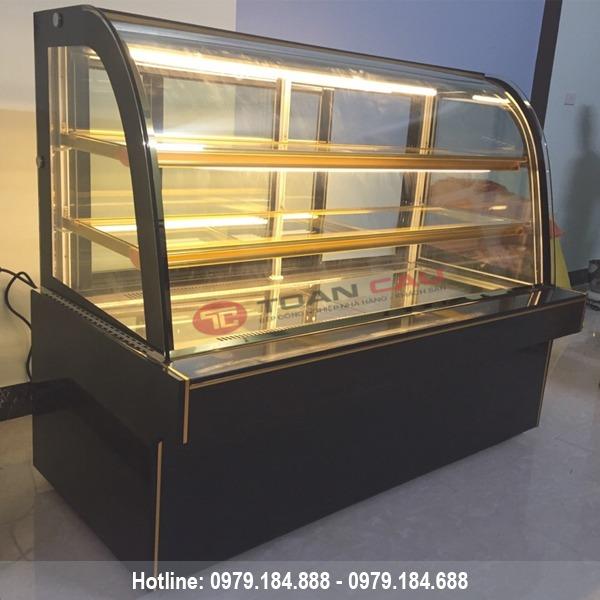 Tủ trưng bày bánh kem 3 tầng kính cong màu đen 1m5 đẹp